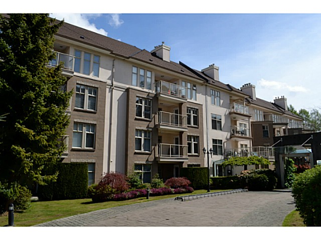 "Main Photo: 310 15350 19A Avenue in Surrey: King George Corridor Condo for sale in ""Stratford Gardens"" (South Surrey White Rock)  : MLS® # F1409599"