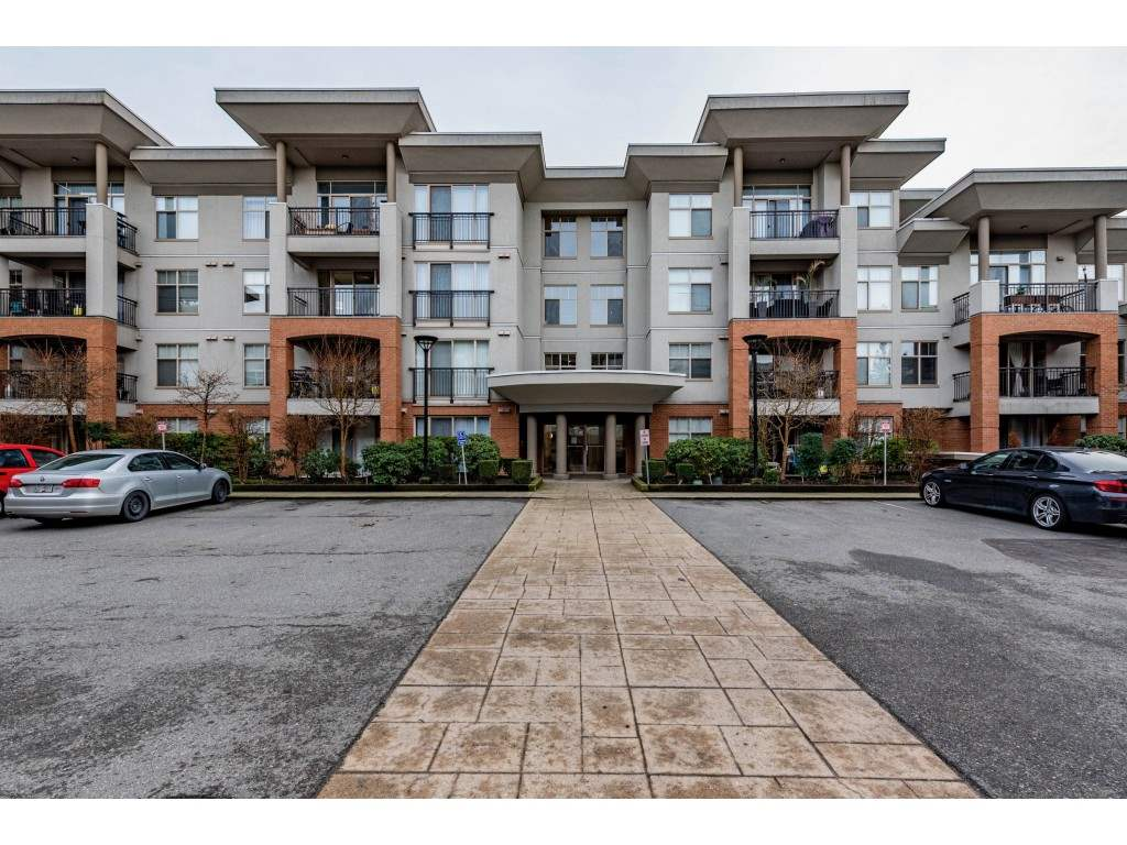 FEATURED LISTING: 406 - 33545 RAINBOW Avenue Abbotsford