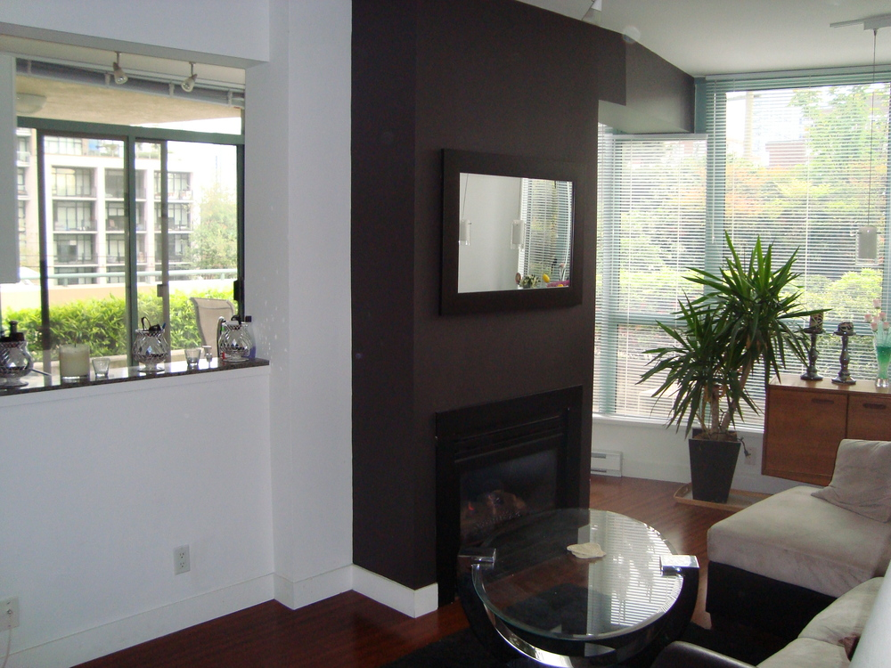 Photo 24: 202 1238 BURRARD Street in Altadena: Condo for sale : MLS® # V983075