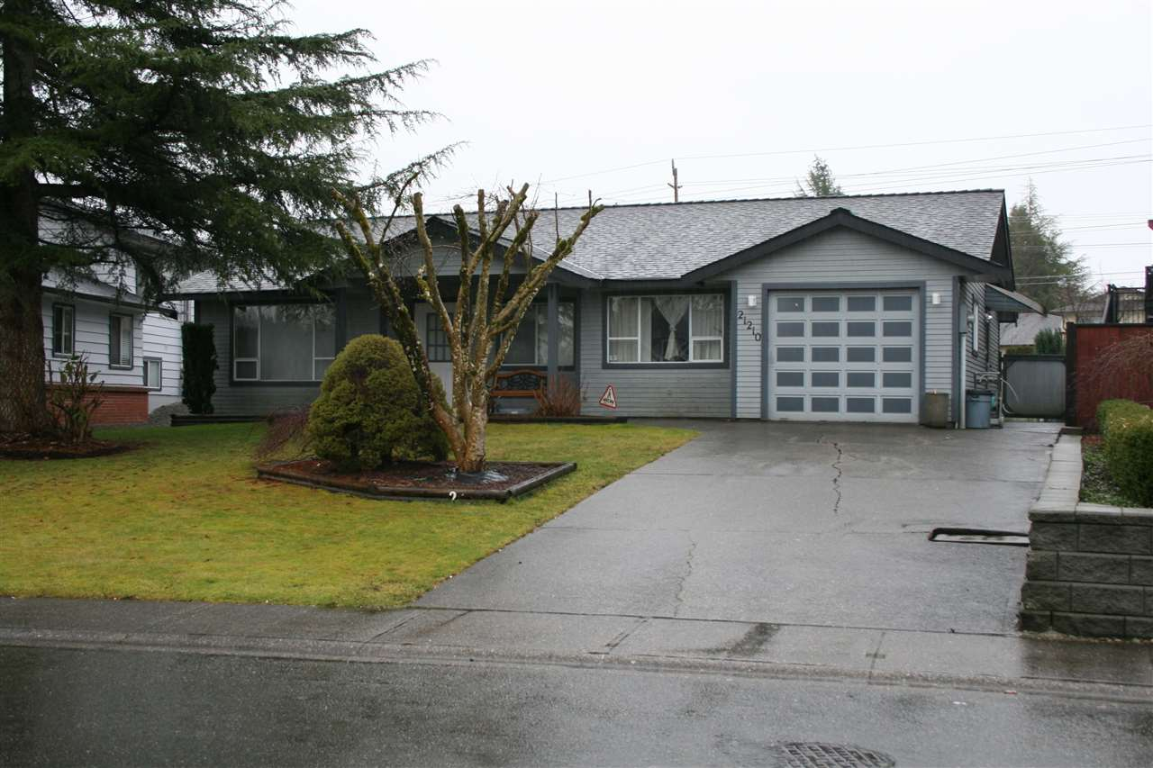 Main Photo: 21210 95A AVENUE in : Walnut Grove House for sale (Langley)  : MLS®# R2032413