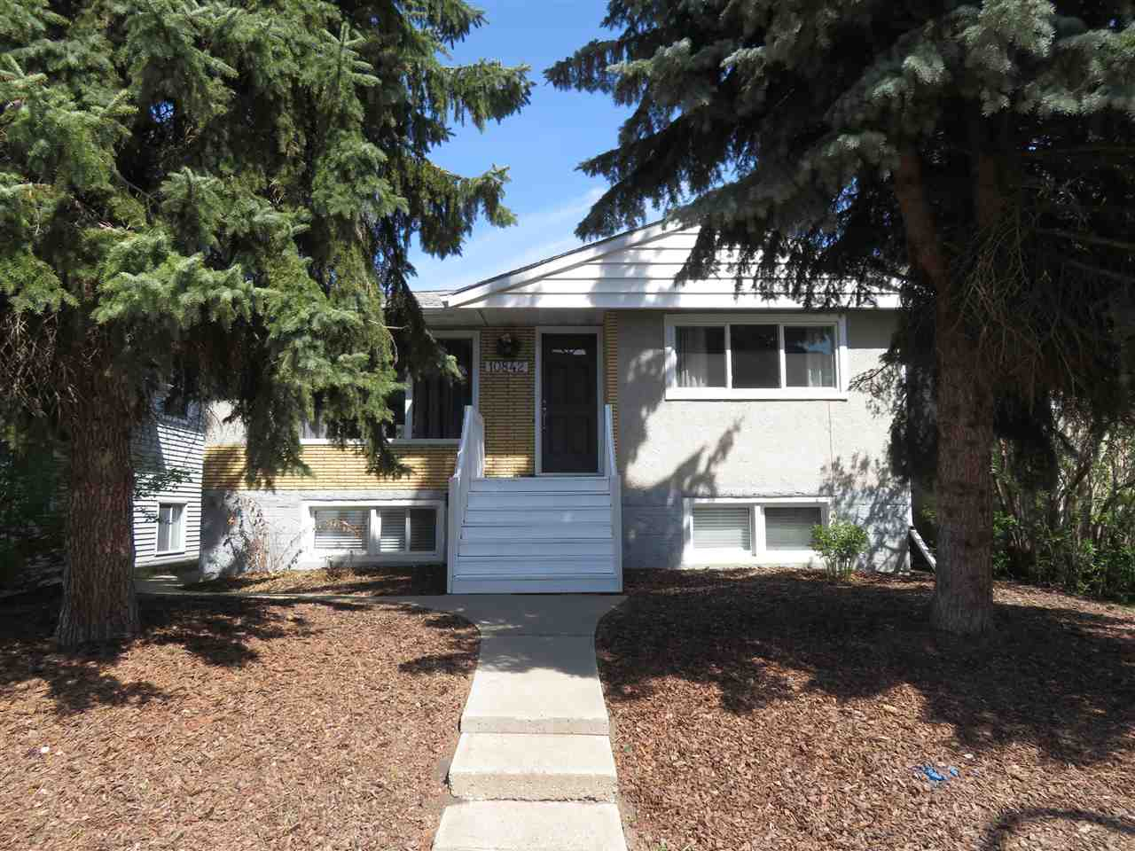 Main Photo: 10842 68 Avenue in Edmonton: Zone 15 House for sale : MLS®# E4110846