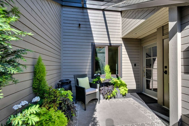 FEATURED LISTING: 3637 NICO WYND Drive Surrey