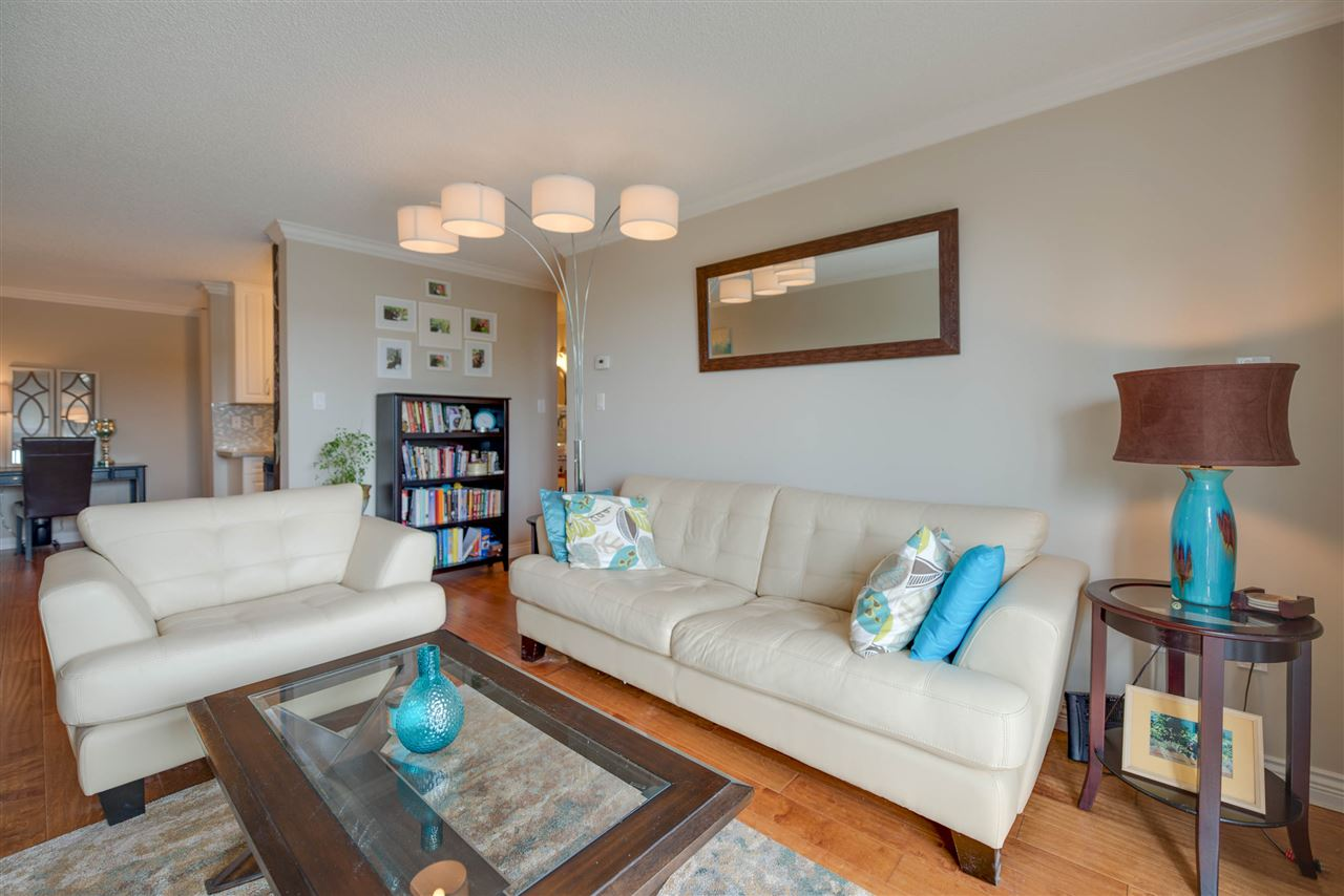 Main Photo: 111 340 W 3RD STREET in North Vancouver: Lower Lonsdale Condo for sale : MLS® # R2187169