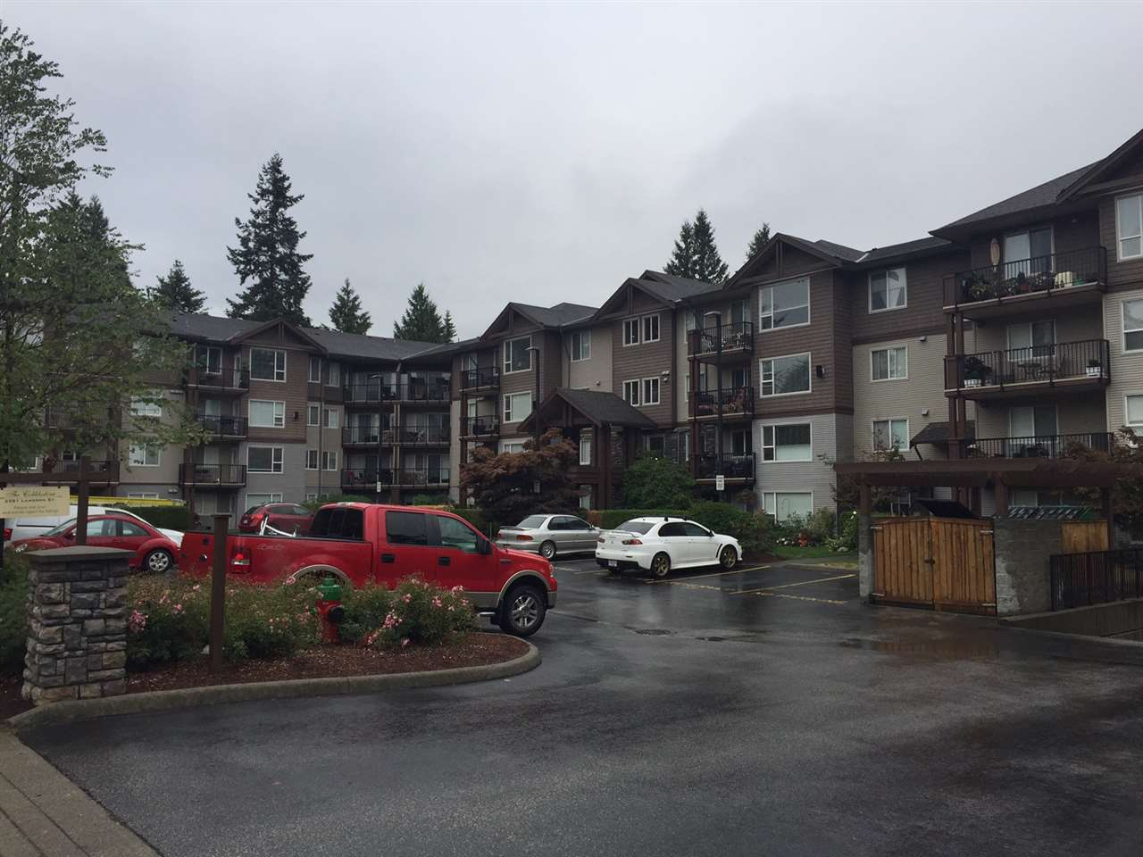 Main Photo: 113 2581 LANGDON STREET in Abbotsford: Abbotsford West Condo for sale : MLS® # R2207307
