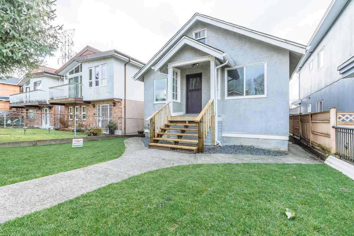 "Main Photo: 3650 E GEORGIA Street in Vancouver: Renfrew VE House for sale in ""RENFREW"" (Vancouver East)  : MLS® # R2234992"