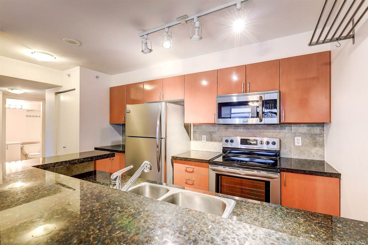 FEATURED LISTING: 1109 - 2763 CHANDLERY Place Vancouver