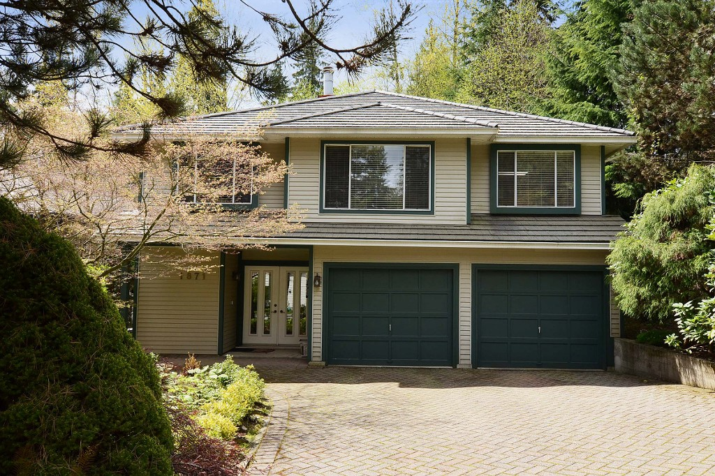 Main Photo: 1871 COLDWELL Road in North Vancouver: Indian River House for sale : MLS® # V1070992