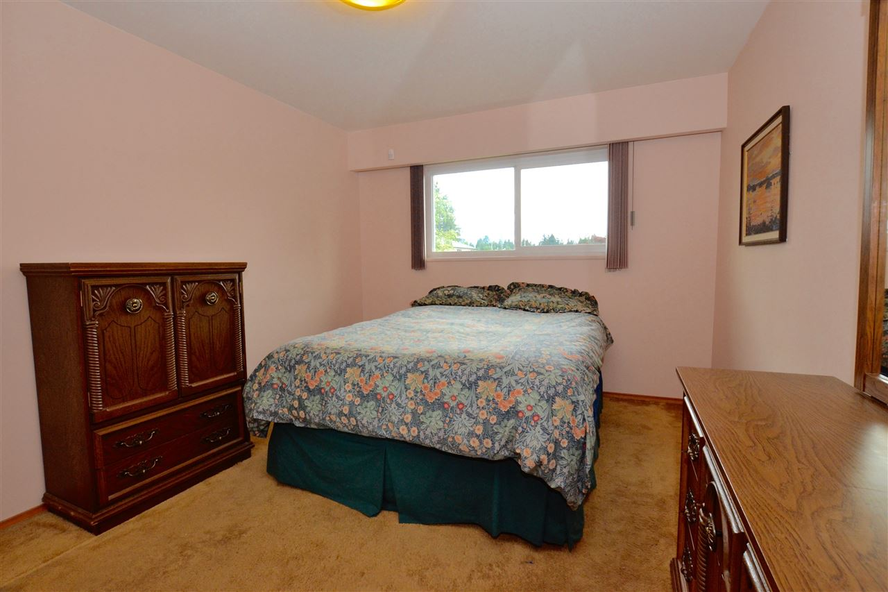 Photo 16: 1848 TRENT Avenue in Coquitlam: Central Coquitlam House for sale : MLS(r) # R2108673