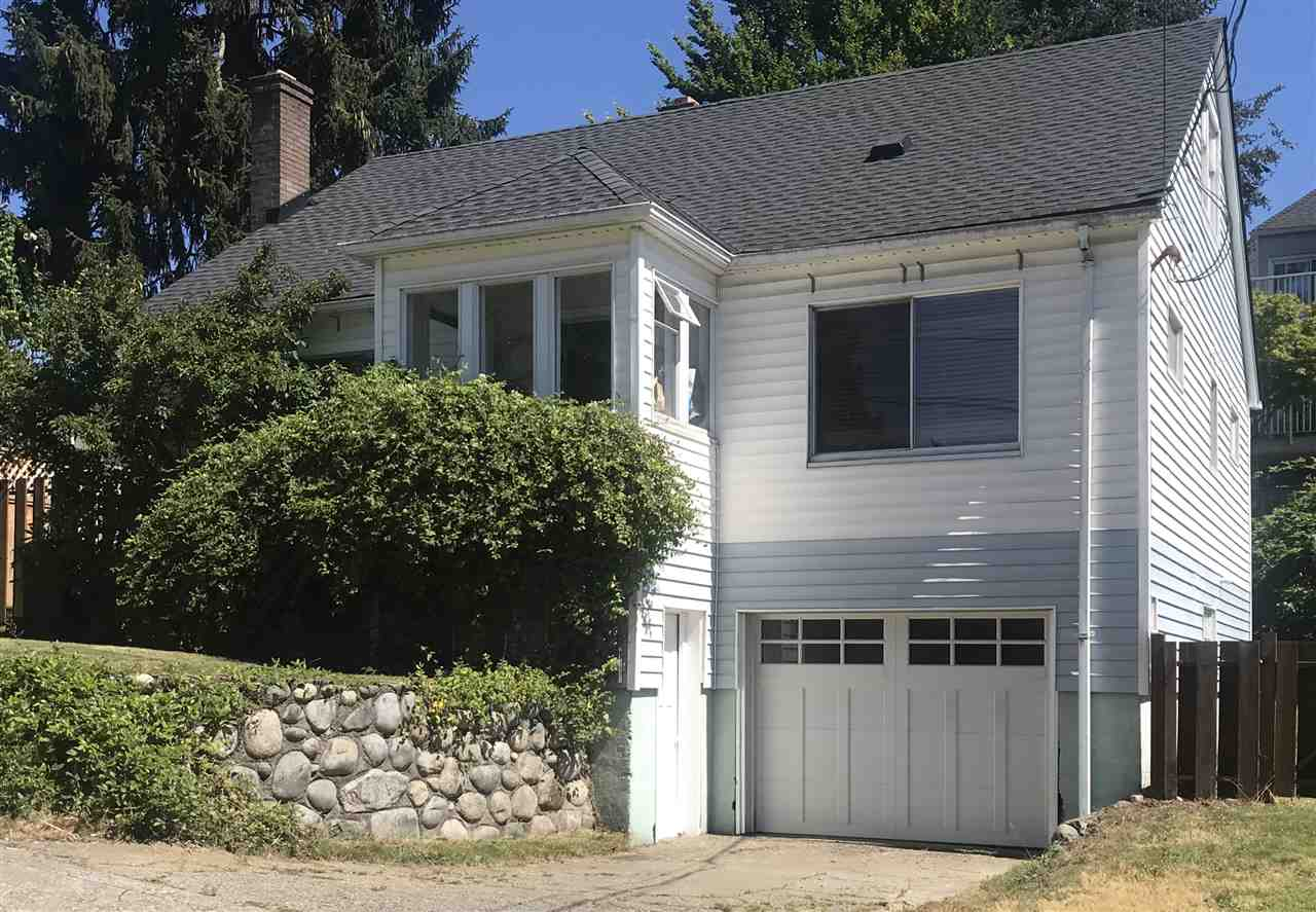FEATURED LISTING: 523 HOLLAND Street New Westminster