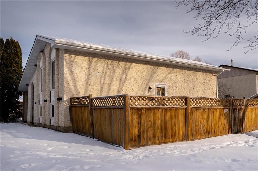FEATURED LISTING: 105 Bret Bay Winnipeg