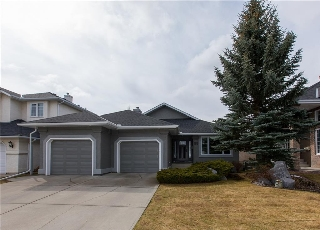 Main Photo: 55 VALLEY RIDGE Green NW in Calgary: Valley Ridge House for sale : MLS® # C4112810