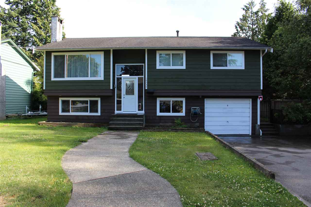 Main Photo: 19734 54A Avenue in Langley: Langley City House for sale : MLS(r) # R2174479