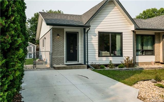 Main Photo: 244 Ashworth Street in Winnipeg: Meadowood Residential for sale (2E)  : MLS®# 1723054