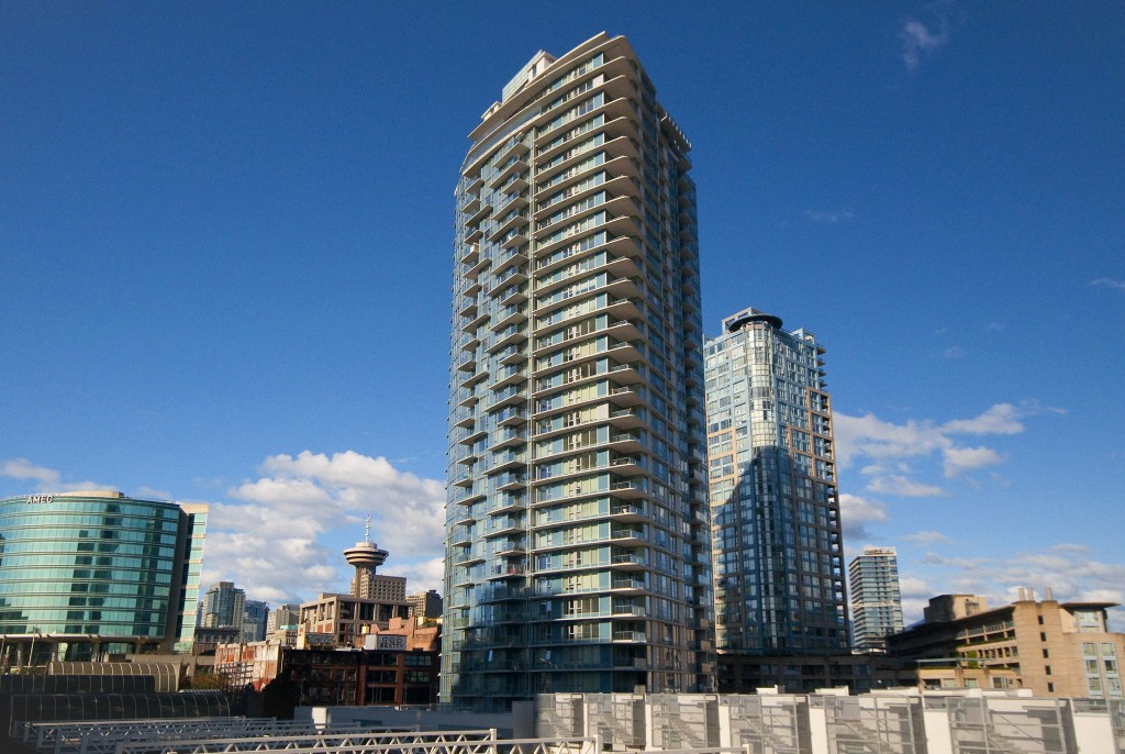 "Main Photo: 1106 188 KEEFER Place in Vancouver: Downtown VW Condo for sale in ""ESPANA"" (Vancouver West)  : MLS®# R2215707"