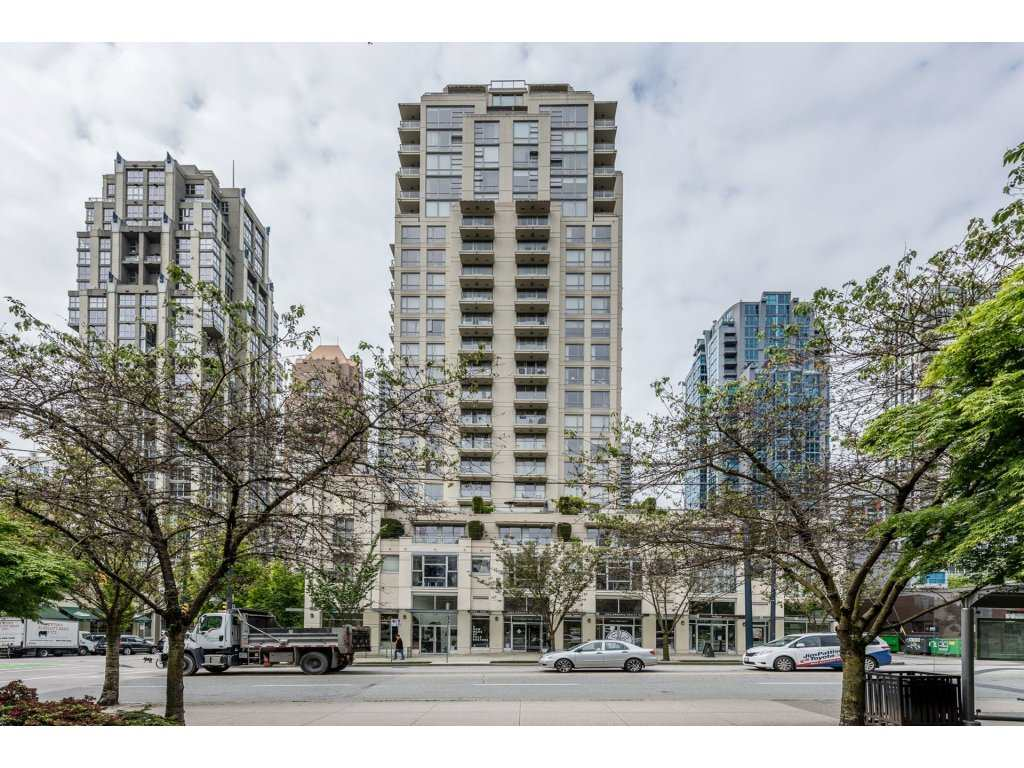"Main Photo: 705 1225 RICHARDS Street in Vancouver: Downtown VW Condo for sale in ""EDEN"" (Vancouver West)  : MLS(r) # R2168605"