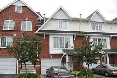 Main Photo: 25 1575 South Parade Court in Mississauga: East Credit Condo for lease : MLS® # W3922604