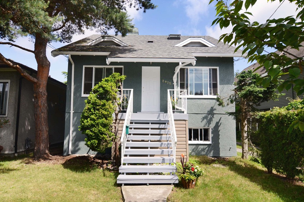 Main Photo: 2975 W 8TH Avenue in Vancouver: Kitsilano House for sale (Vancouver West)  : MLS® # V1067523