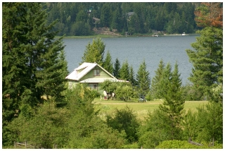 Main Photo: 3864 Pakka Road in Tappen: White Lake House for sale (Shuswap)  : MLS®# 10079884