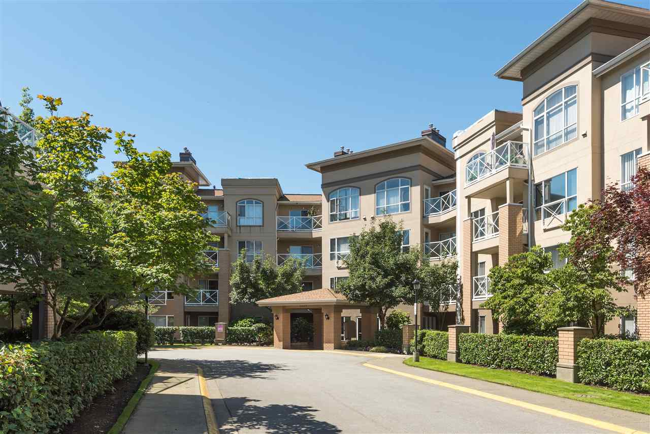 "Main Photo: 307 2559 PARKVIEW Lane in Port Coquitlam: Central Pt Coquitlam Condo for sale in ""THE CRESCENT ON REEVE CREEK"" : MLS® # R2115665"