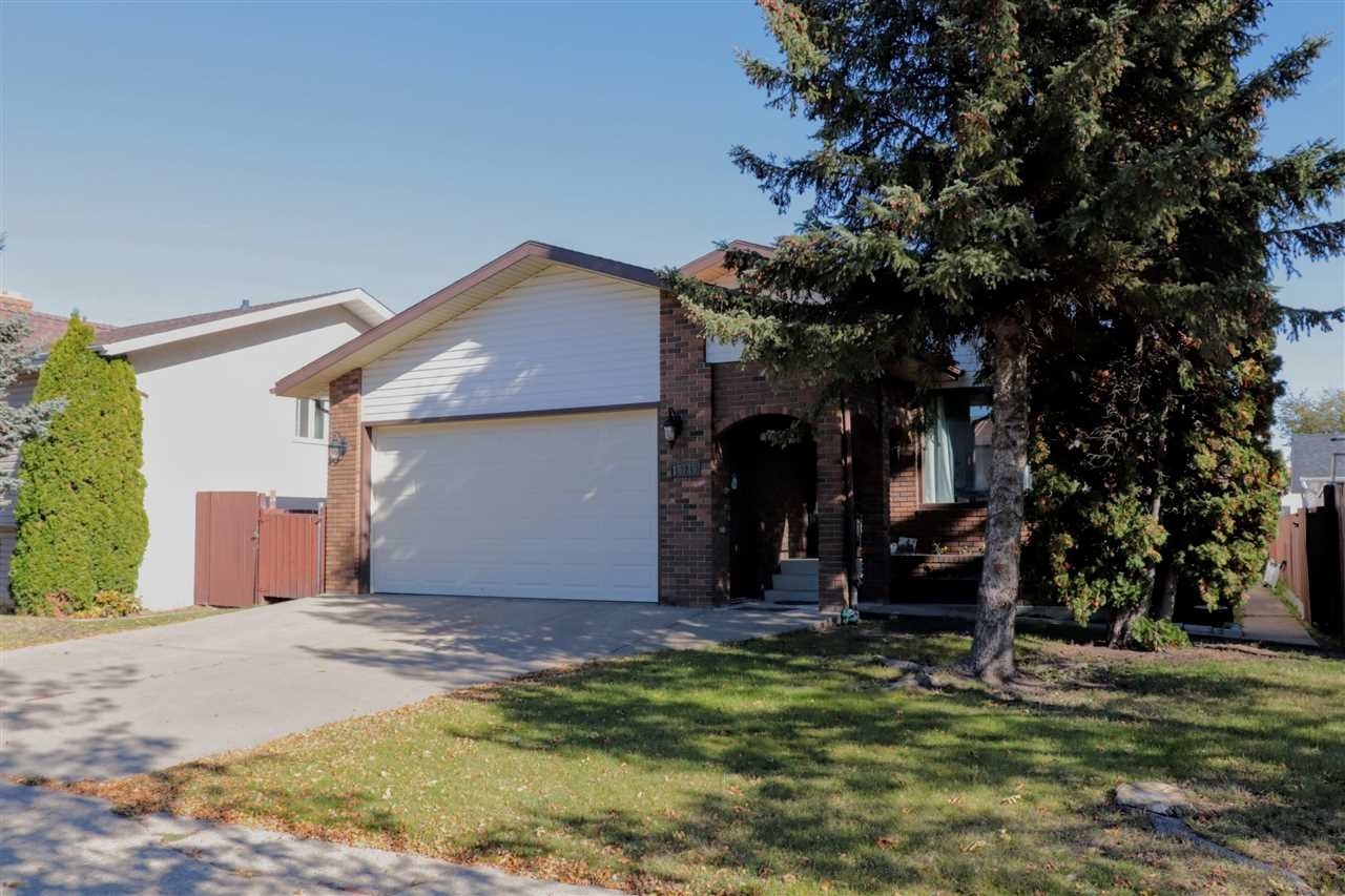 Main Photo: 15715 100 Street in Edmonton: Zone 27 House for sale : MLS®# E4131963