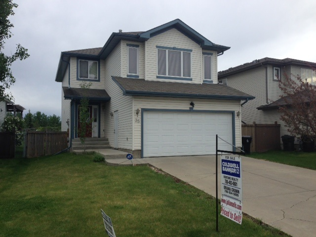 FEATURED LISTING: 35 HEATHERLANDS Way Spruce Grove