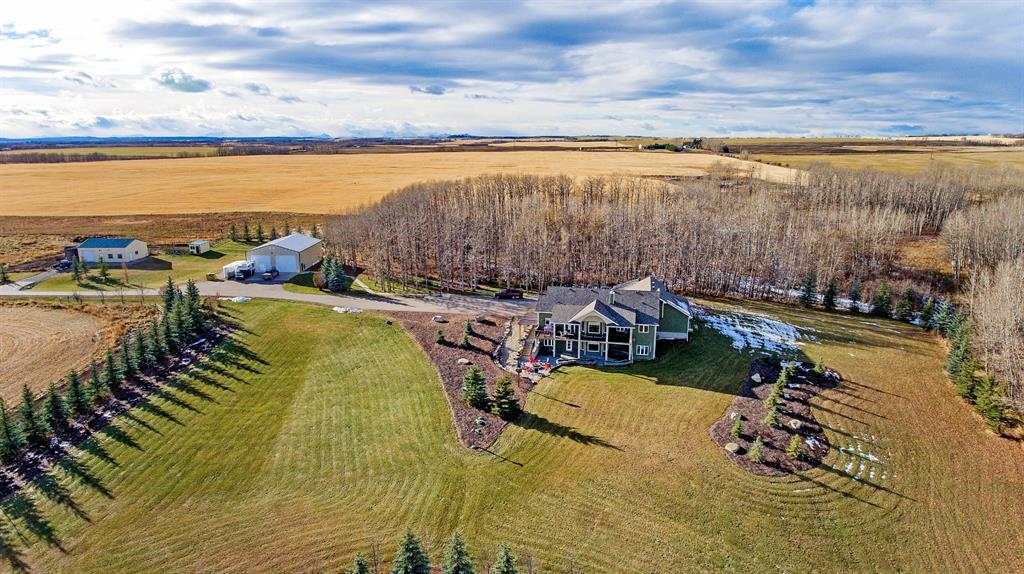 FEATURED LISTING: 3436 Township Road 294 Rural Mountain View County