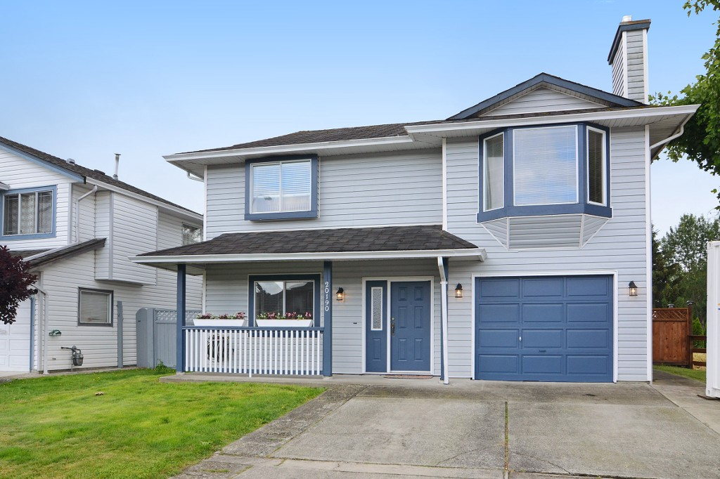 Main Photo: 20190 STANTON Avenue in Maple Ridge: Southwest Maple Ridge House for sale : MLS® # R2080471