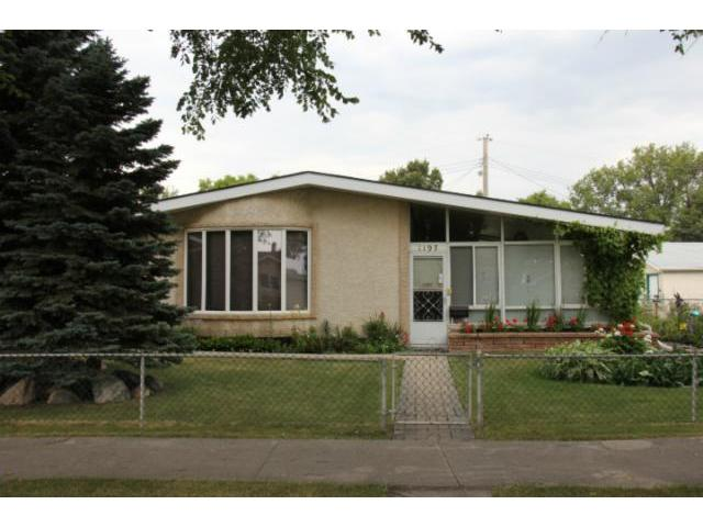 Main Photo: 1197 Cottonwood Road in WINNIPEG: Windsor Park / Southdale / Island Lakes Residential for sale (South East Winnipeg)  : MLS® # 1216110
