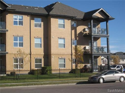 Main Photo: 212 326 Herold Road in Saskatoon: Lakewood S.C. Complex for sale (Saskatoon Area 01)  : MLS® # 518059