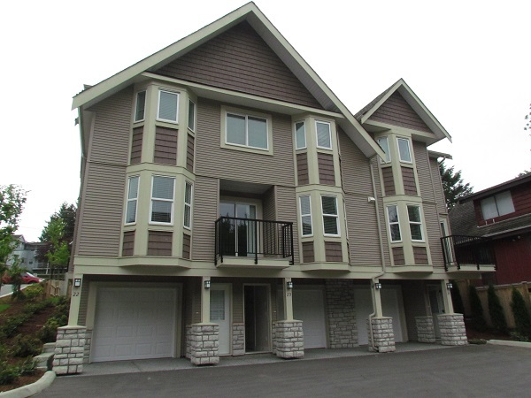 "Main Photo: 22 33313 GEORGE FERGUSON Way in Abbotsford: Central Abbotsford Townhouse for sale in ""Cedar Lane"" : MLS® # R2012428"