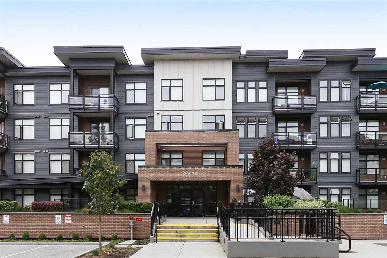 "Main Photo: 314 20078 FRASER Highway in Langley: Langley City Condo for sale in ""Varsity"" : MLS® # R2191210"
