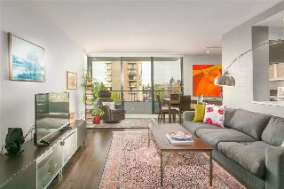 "Main Photo: 304 2370 W 2ND Avenue in Vancouver: Kitsilano Condo for sale in ""Century House"" (Vancouver West)  : MLS® # R2212809"
