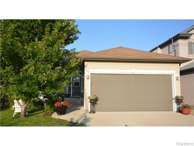 Main Photo: 234 Golden Eagle Drive in Winnipeg: East Kildonan Residential for sale (North East Winnipeg)  : MLS®# 1619369