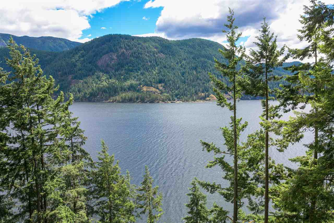 FEATURED LISTING: 304 SASAMAT Lane North Vancouver