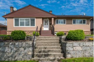 Main Photo: 4731 RIDGELAWN Drive in Burnaby: Brentwood Park House for sale (Burnaby North)  : MLS®# R2292351