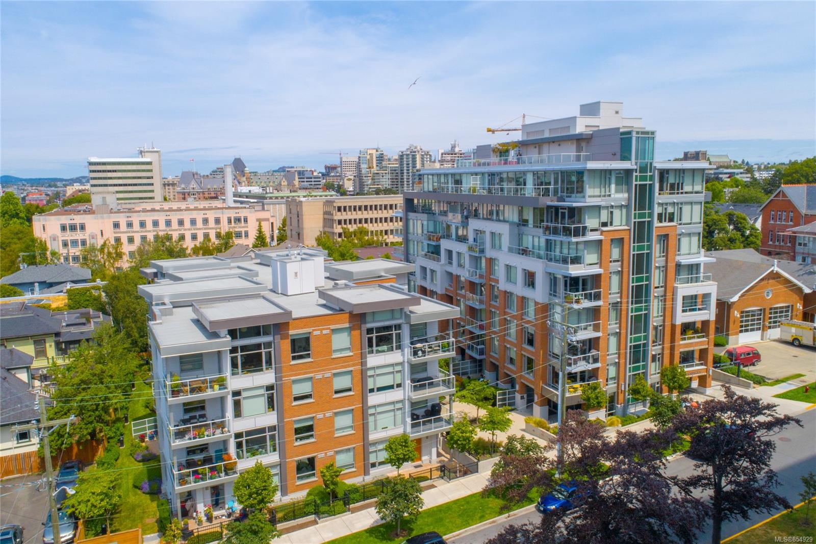 FEATURED LISTING: 104 - 640 Michigan St