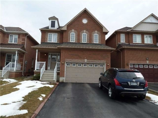 Main Photo: 75 Whitehouse Crest in Brampton: Bram East House (2-Storey) for sale : MLS®# W3469693