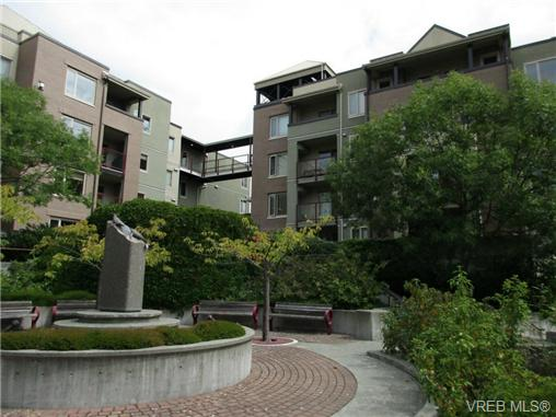 Main Photo: 220 29 Songhees Road in VICTORIA: VW Songhees Condo Apartment for sale (Victoria West)  : MLS® # 368938