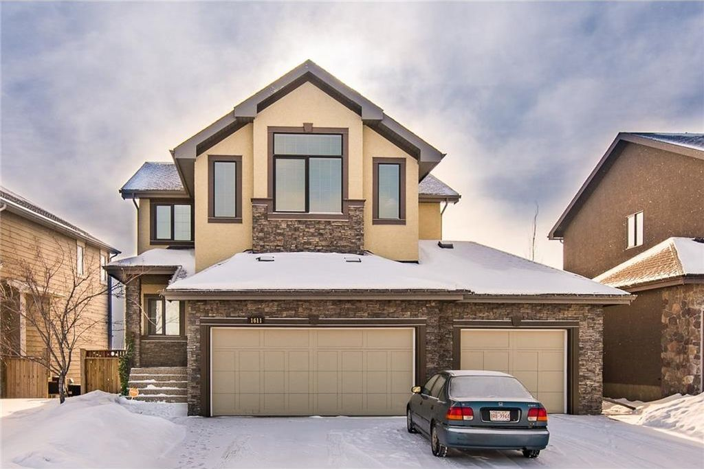 Main Photo: 1611 MONTROSE Terrace SE: High River House for sale : MLS®# C4161043