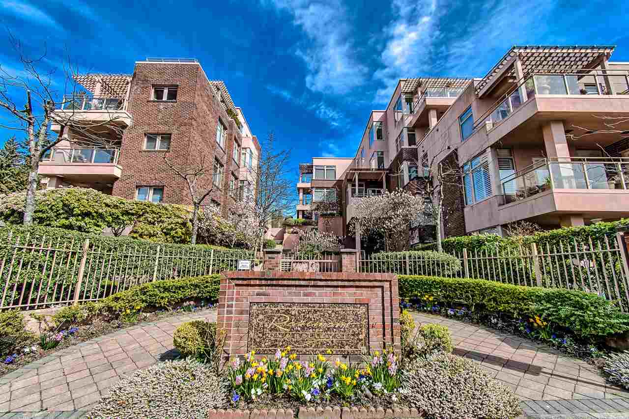 FEATURED LISTING: 406 - 2271 BELLEVUE Avenue West Vancouver