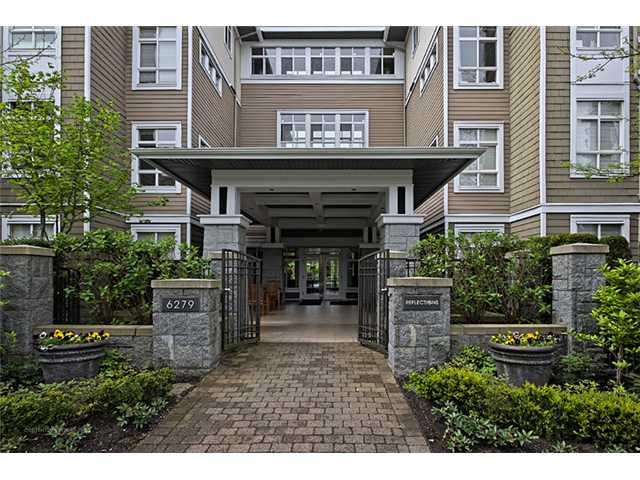 "Main Photo: 303 6279 EAGLES Drive in Vancouver: University VW Condo for sale in ""REFLECTIONS"" (Vancouver West)  : MLS® # V1061772"