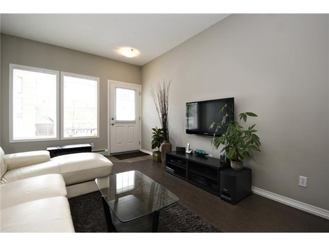 Photo 8: 30 AUBURN BAY Common SE in Calgary: Auburn Bay Townhouse for sale : MLS® # C3634966