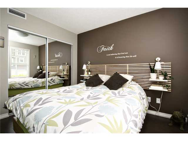 Photo 6: 30 AUBURN BAY Common SE in Calgary: Auburn Bay Townhouse for sale : MLS® # C3634966