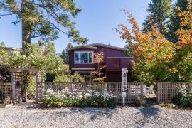 "Main Photo: 2810 GORDON Avenue in Surrey: Crescent Bch Ocean Pk. House for sale in ""Crescent Beach"" (South Surrey White Rock)  : MLS®# R2005295"