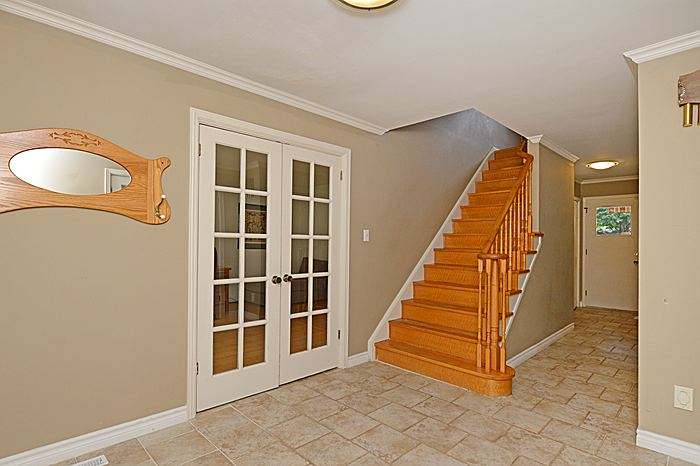 Photo 3: 1486 Durham Street in Oakville: Eastlake House (2-Storey) for sale : MLS® # W2949173