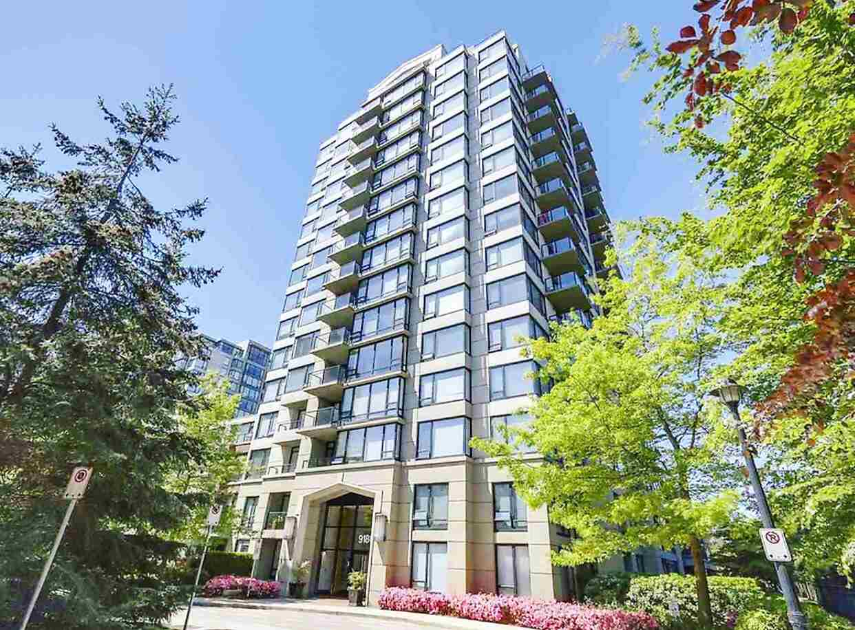 Main Photo: 1009 9180 HEMLOCK Drive in Richmond: McLennan North Condo for sale : MLS® # R2187688