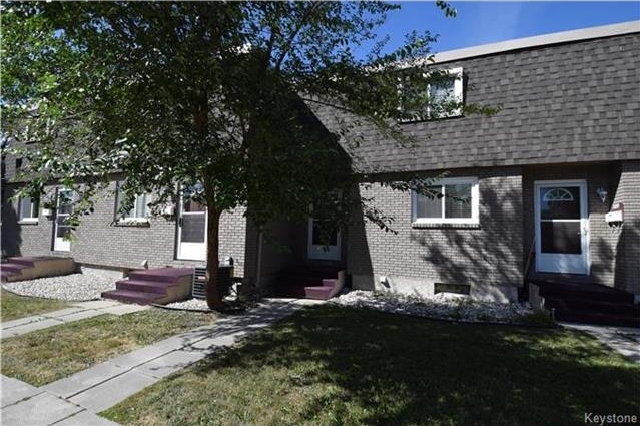 Main Photo: 307 Sutton Avenue in Winnipeg: North Kildonan Condominium for sale (3F)  : MLS® # 1724155