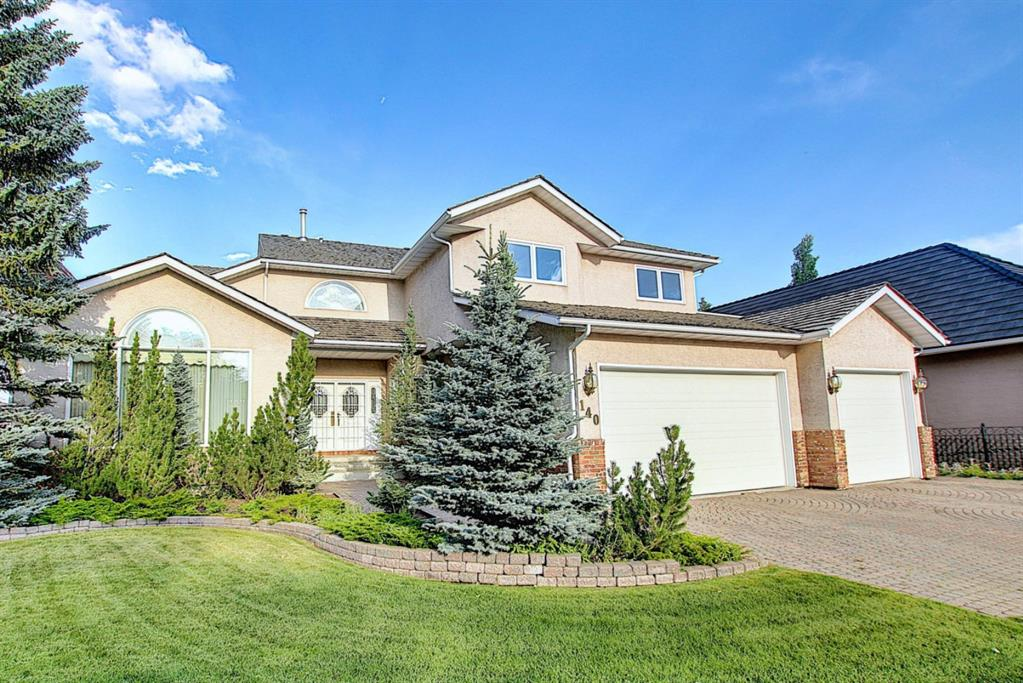 FEATURED LISTING: 140 WOODACRES Drive Southwest Calgary