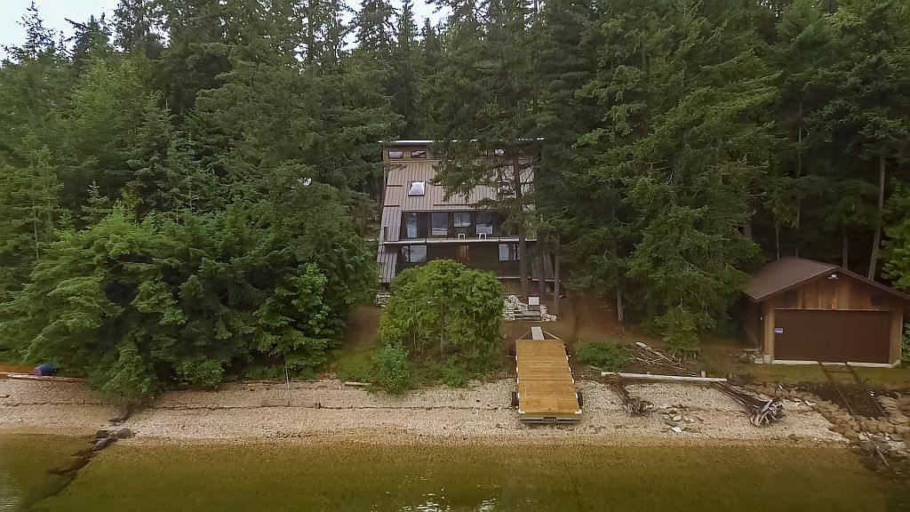 FEATURED LISTING: 6293 Armstrong Road Eagle Bay