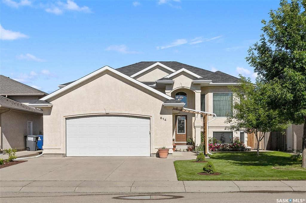 FEATURED LISTING: 614 Carr Crescent Saskatoon